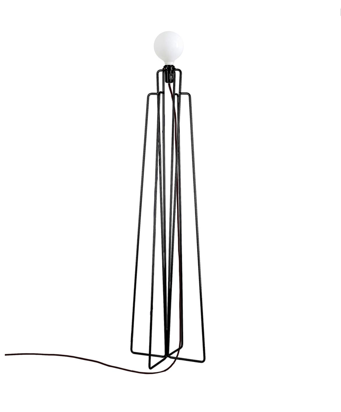 Grupa model gulvlampe - sort fra Grupa products fra unoliving.com