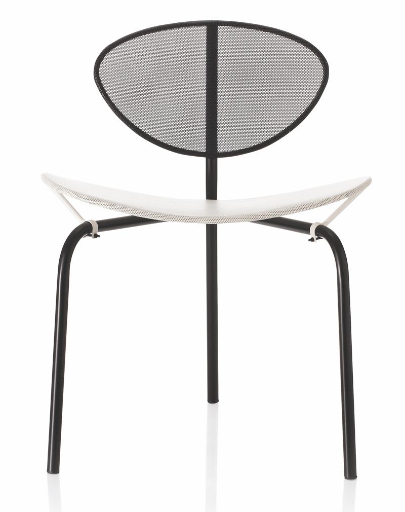 Gubi Gubi - nagasaki spisebordsstol - sort/hvid på unoliving.com