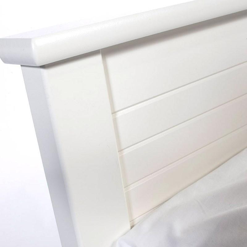 Mavis Sigtuna sengegavl på unoliving.com