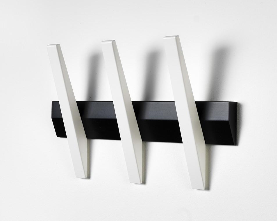 N/A – Tangent 3  knagerække - sort/hvid på unoliving.com
