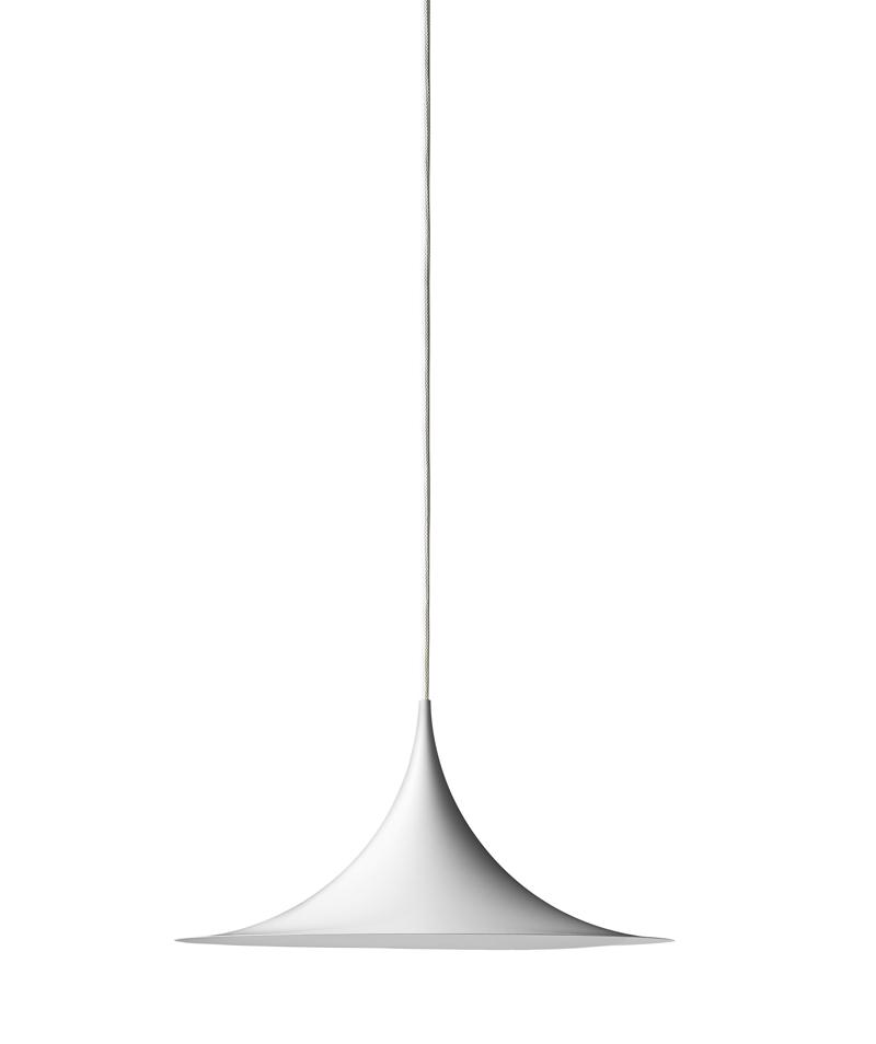 Gubi - semi pendel ø30 - hvid fra Gubi på unoliving.com