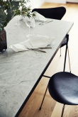 HANDVÄRK Spisebord 230x96 - Hvid Marmor, sort