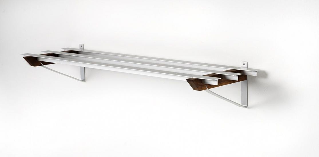 SR-3 Milano Skohylde - Hylde i aluminium og valnød