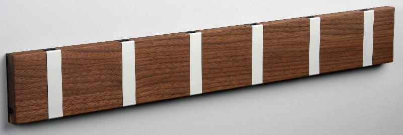 KNAX knagerække - Valnød - 6 aluknager - Knagerække med 6 aluminiumsknager
