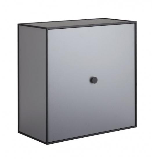 by Lassen - Frame 42 m/Låge - Mørk grå - Reol i mørkegrå med låge