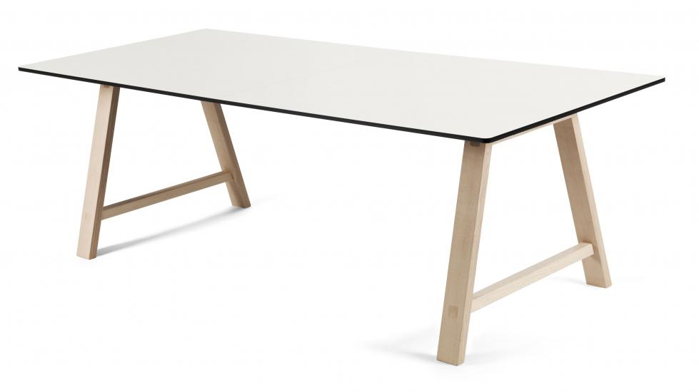 Andersen T1 Spisebord m. udtræk i sæbebehandlet eg 160cm