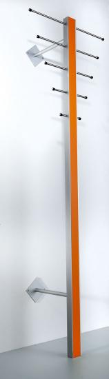 Milano ST-1 Stumtjener - Stående knagerække i aluminium og safran