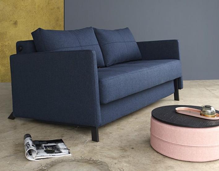 Innovation Living - Cubed Deluxe 140, Sovesofa Blå - Blå sovesofa med armlæn
