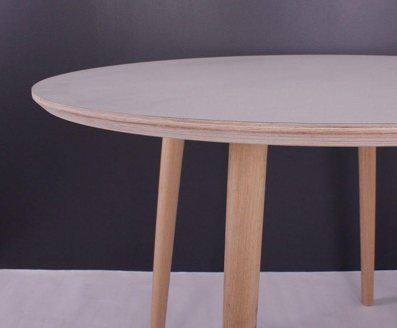 By Tika Karlstad Spisebord Ø100 - Hvid laminat - Rundt spisebord med hvid overflade