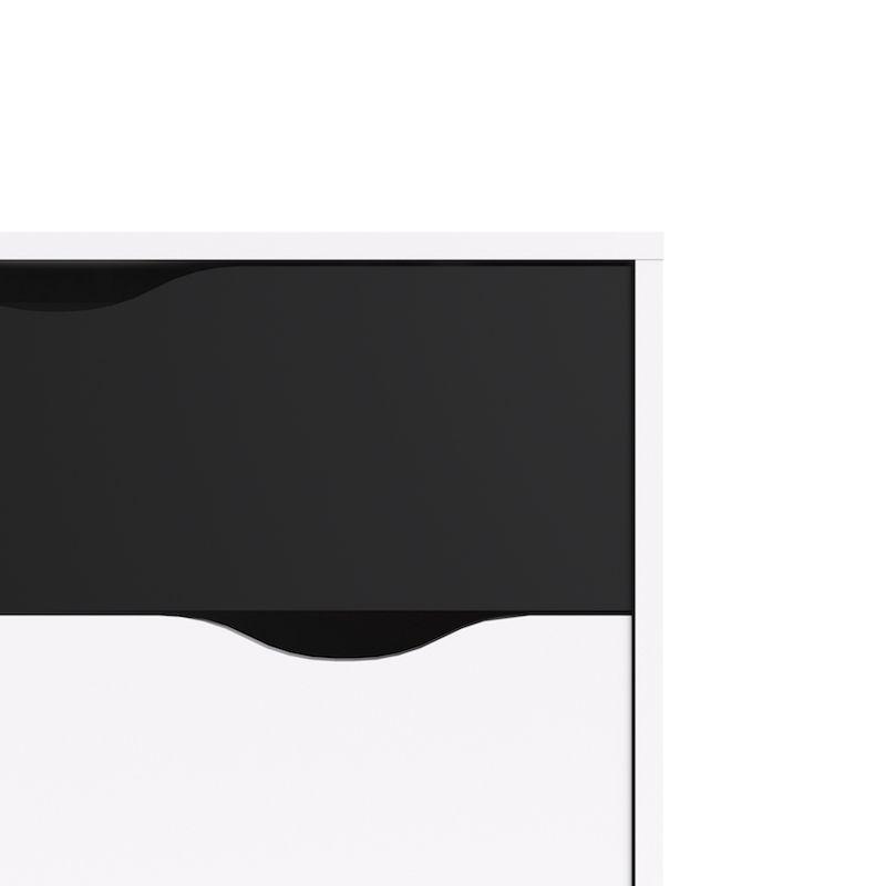 Delta Skænk i hvid med sorte låger