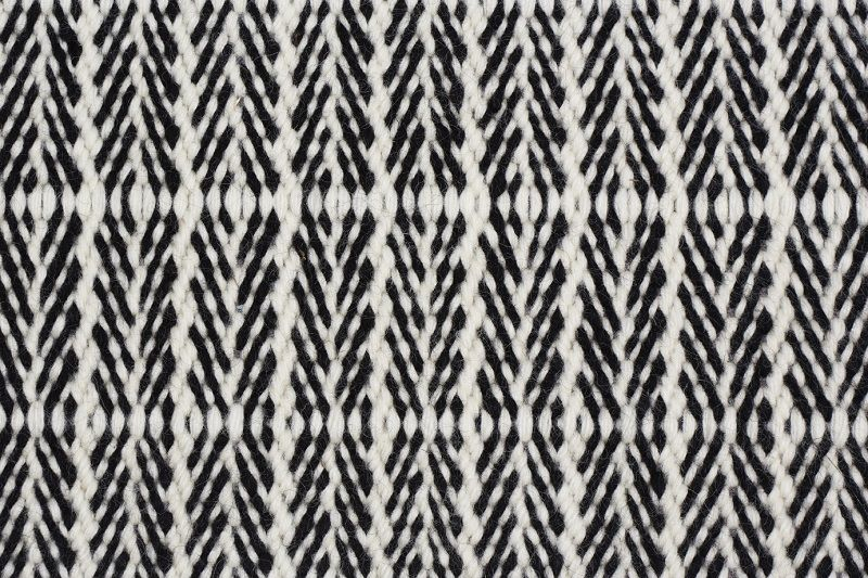 Fabula Tanne tæppe - Hvid/Sort - Håndvævet Kelim 170x240 cm