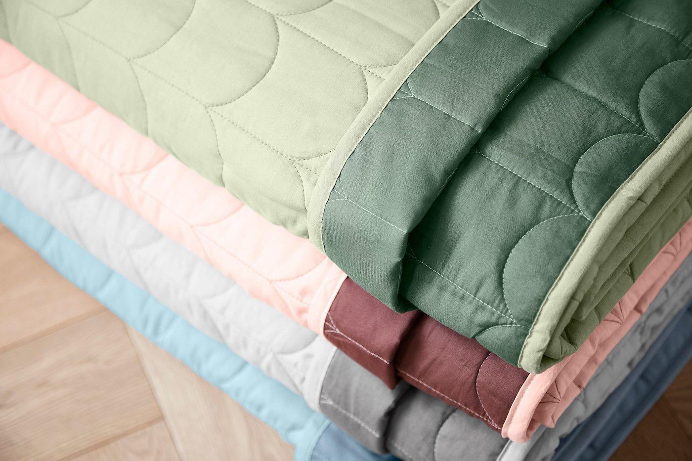 FLEXA Quiltet sengetæppe 230x130cm - Grøn