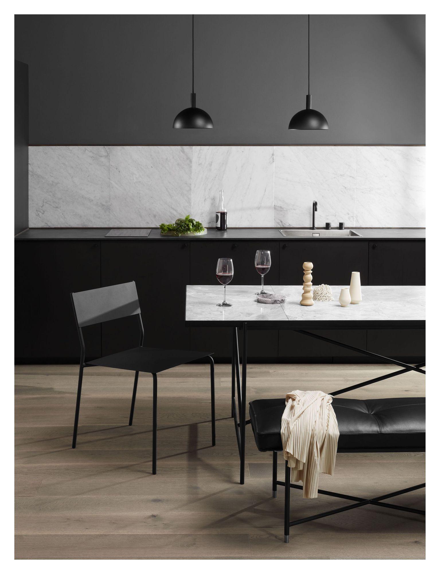 HANDVÄRK Spisebord 184x96 - Hvid Marmor, sort stel - Spisebord med hvid marmor