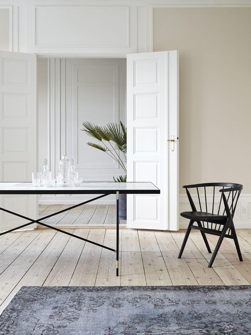 HANDVÄRK - Spisebord 230x94 - Hvid Marmor, messing - Hvidt spisebord med messing