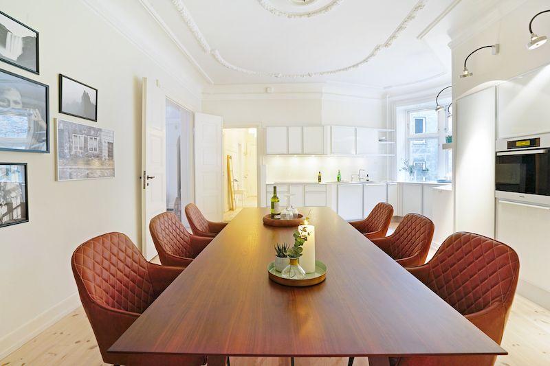 Harbo Spisebordsstol, vintage brun kunstlæder