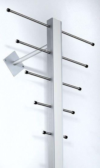Milano ST-1 Stumtjener - Stående knagerække i aluminium og hvid