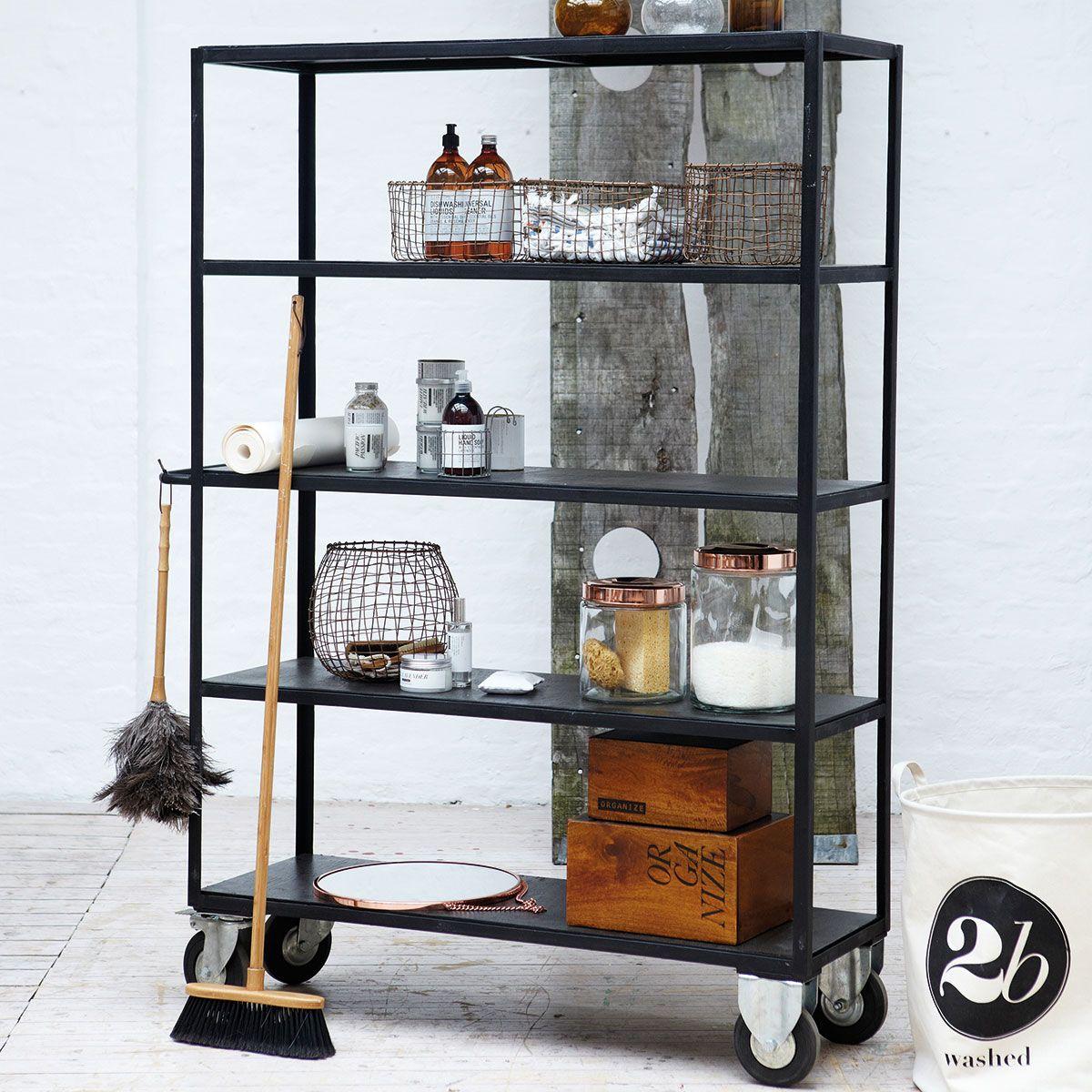 House Doctor Rolling Bookcase - Reol i træ på hjul.