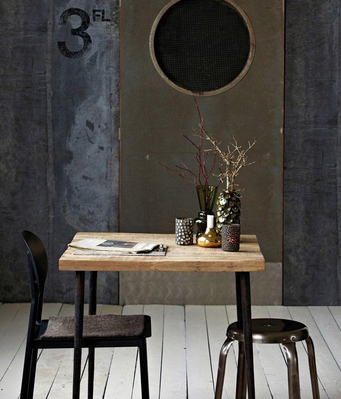 House doctor Slated Spisebord - Mangotræ - Træbord med jernstel