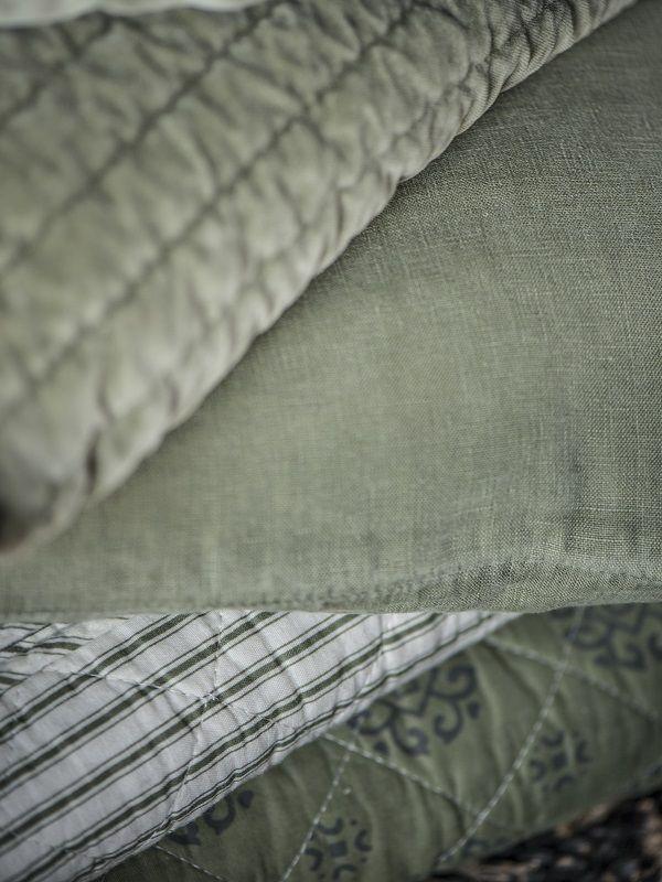 Ib Laursen - Quilttæppe i velour - oliven - Velour quilt