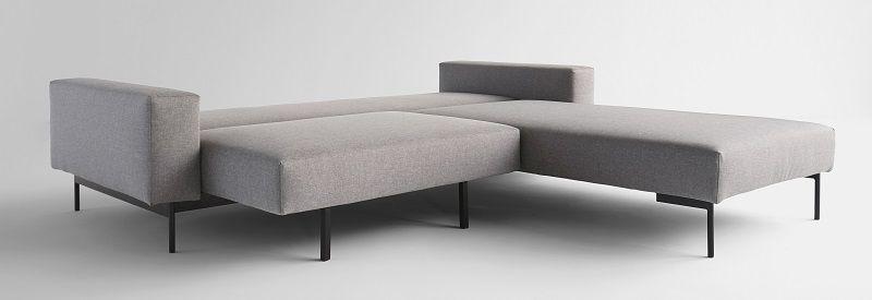 Innovation Bragi Sovesofa - Light grey - Grå sovesofa med chaiselong