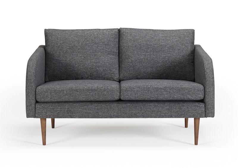 Kragelund Husum 2-pers. sofa Grå - Helpolstret sofa med ben i valnød