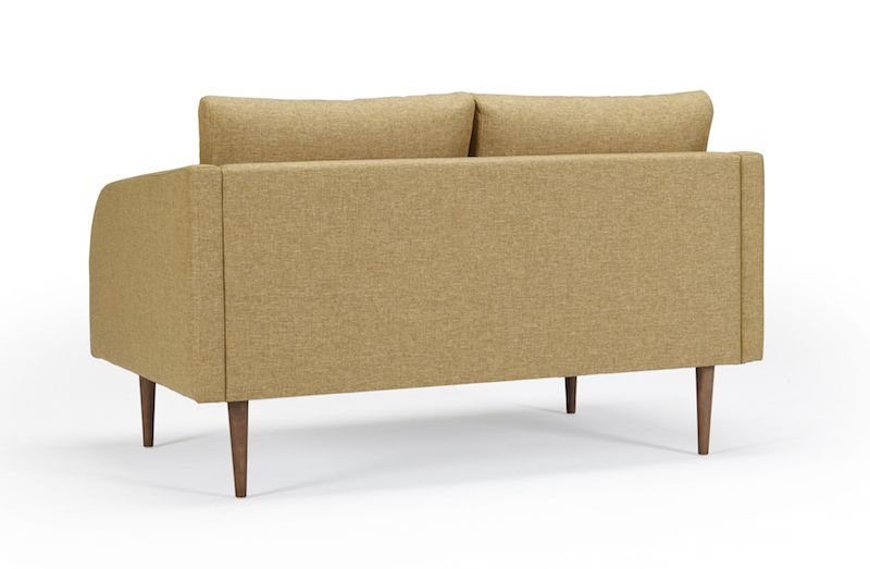 Kragelund Hugo 2-pers. sofa Gul - Helpolstret sofa med ben i valnød
