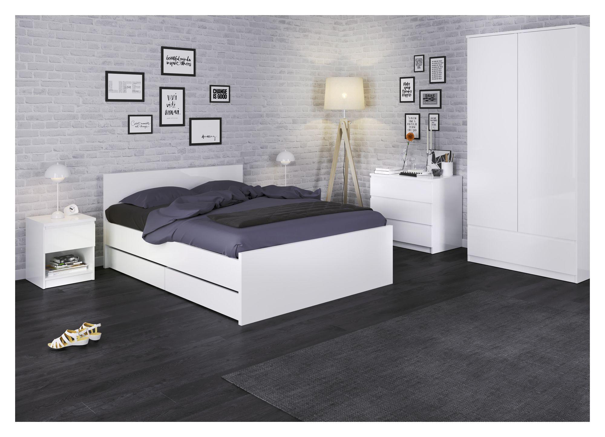 Naia Sengebord - Hvid højglans m/hylde - Hvidt sengebord i højglans