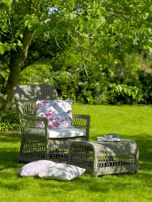 Sika-Design Dawn Fodskammel - Taupe Rattan - Georgia Garden