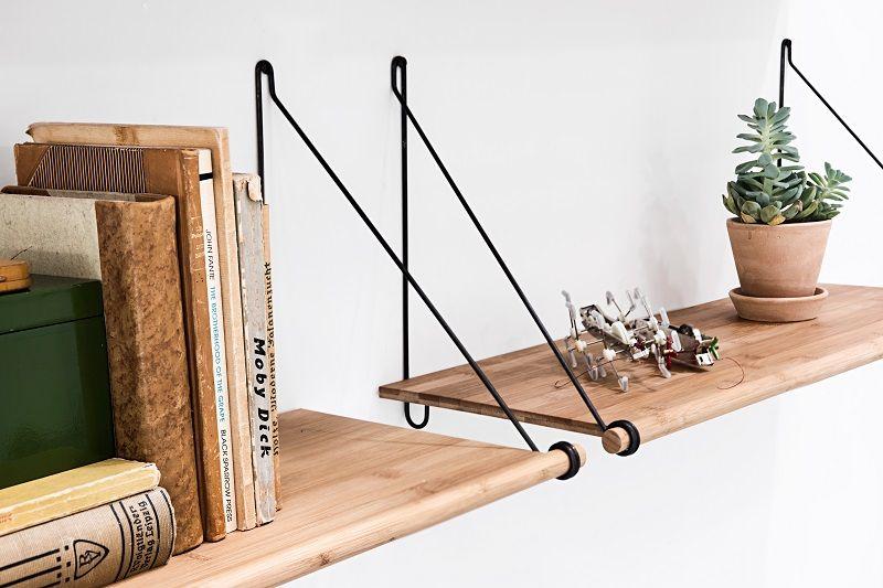 We Do Wood - Loop Shelf - Bambus - Hylde m/sort ophæng