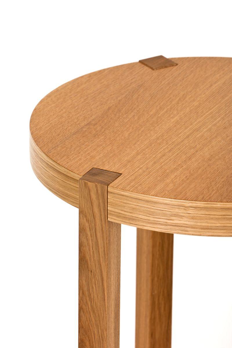 Woodman - Brentwood Sidebord - Lys træ - Rundt sidebord Ø41 cm