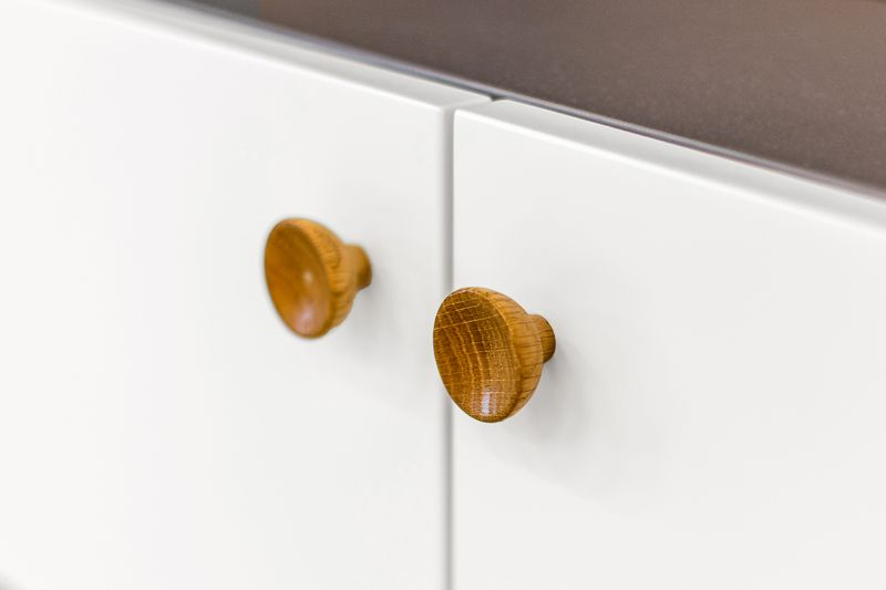 Woodman - Farsta Skænk - Hvid - Skænk med hvide låger