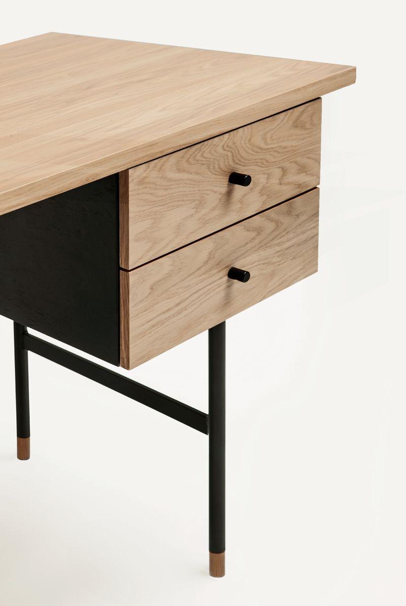 Jugend Skrivebord - Lys træ - Skrivebord m/2 skuffer