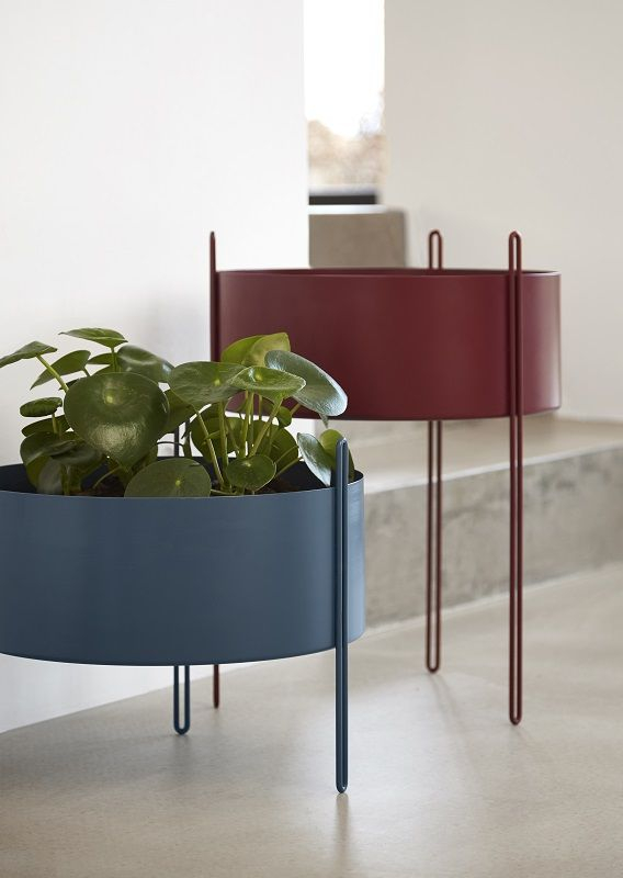 WOUD - Pidestall Flowerpot large - Rød