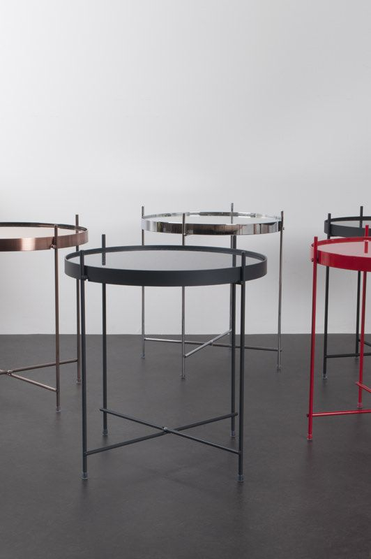 Cupid Sidebord - Sølv - Elegant og klassisk bakkebord i sølvfarvet metal
