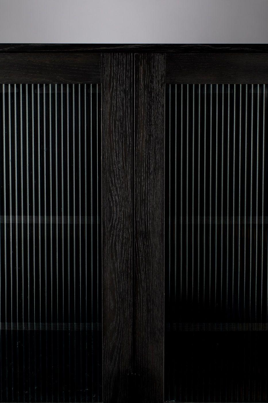 Zuiver - Travis Vitrineskab m. 2 låger - Sort