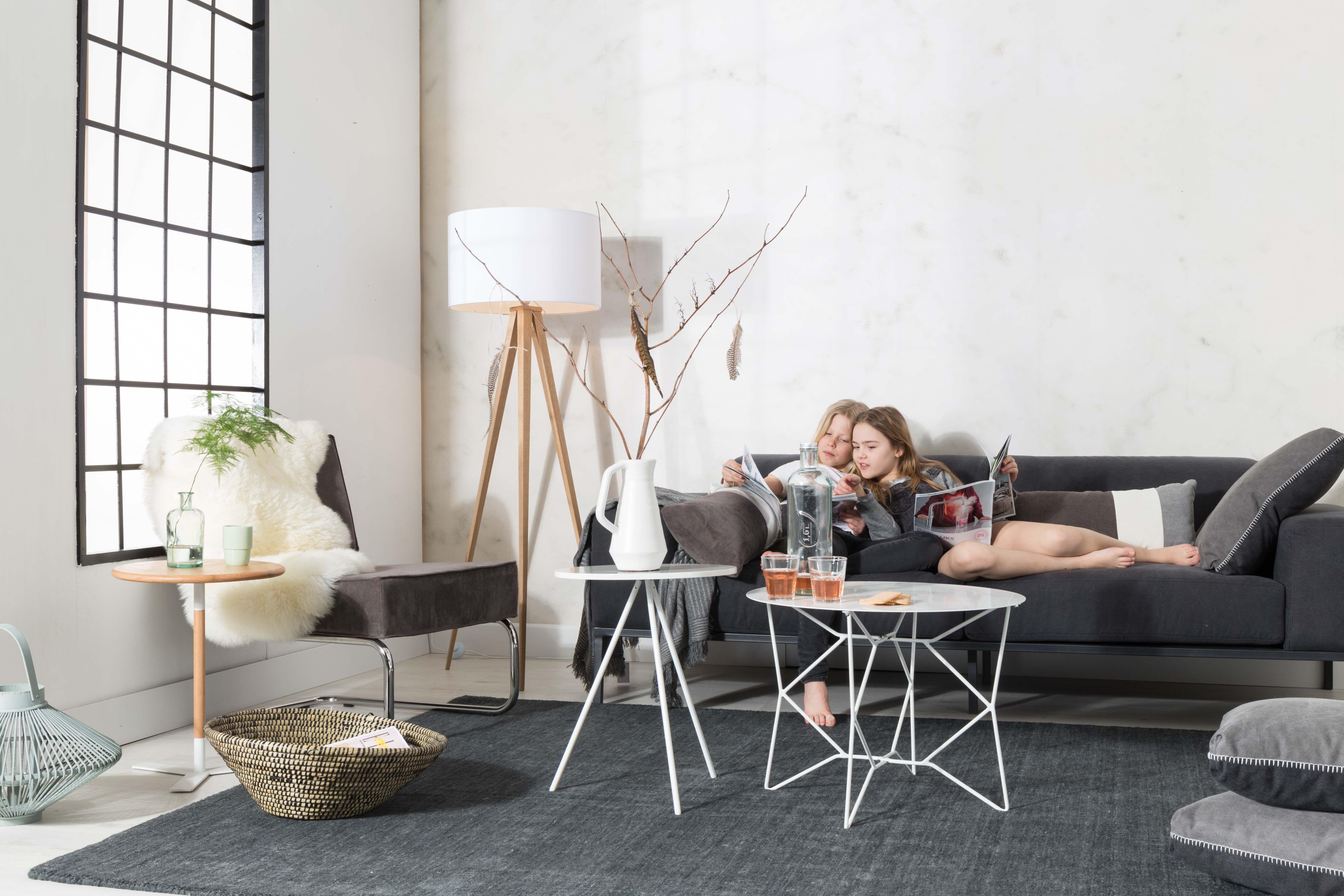 zuiver tripod wood gulvlampe hvid gratis fragt. Black Bedroom Furniture Sets. Home Design Ideas