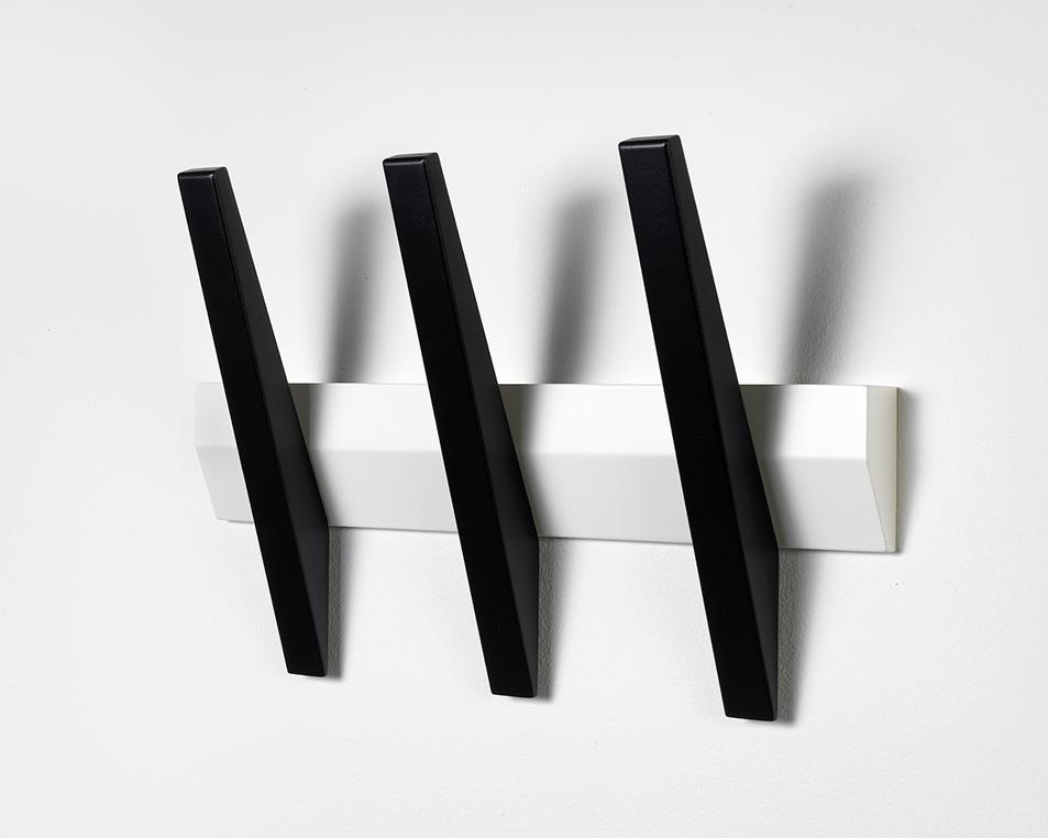N/A – Tangent 3  knagerække - hvid/sort på unoliving.com