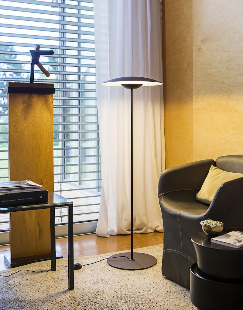 Marset Marset ginger gulvlampe - wenge på unoliving.com